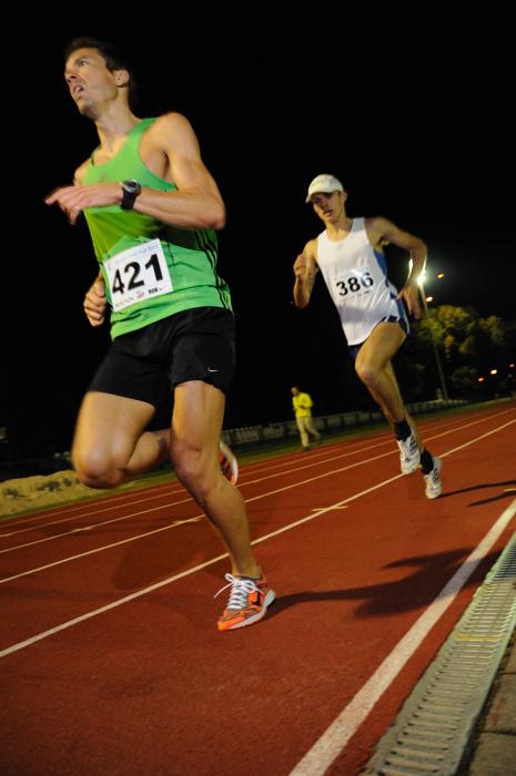 Amatorzy biegania często decydują się na start w maratonie. Tymczasem krótkie wyścigi są zdrowsze i dają mnóstwo satysfakcji