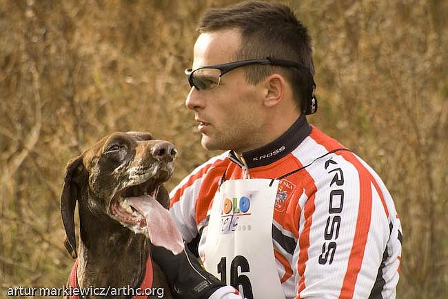 Canicross, bieganie z psem.