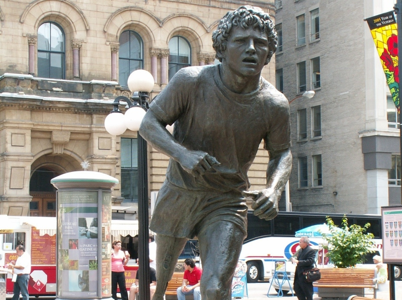 Terry_Fox_Statue_db