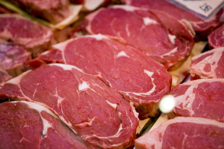 Mięso jest podstawą paleodiety, dostarcza biegaczowi białka