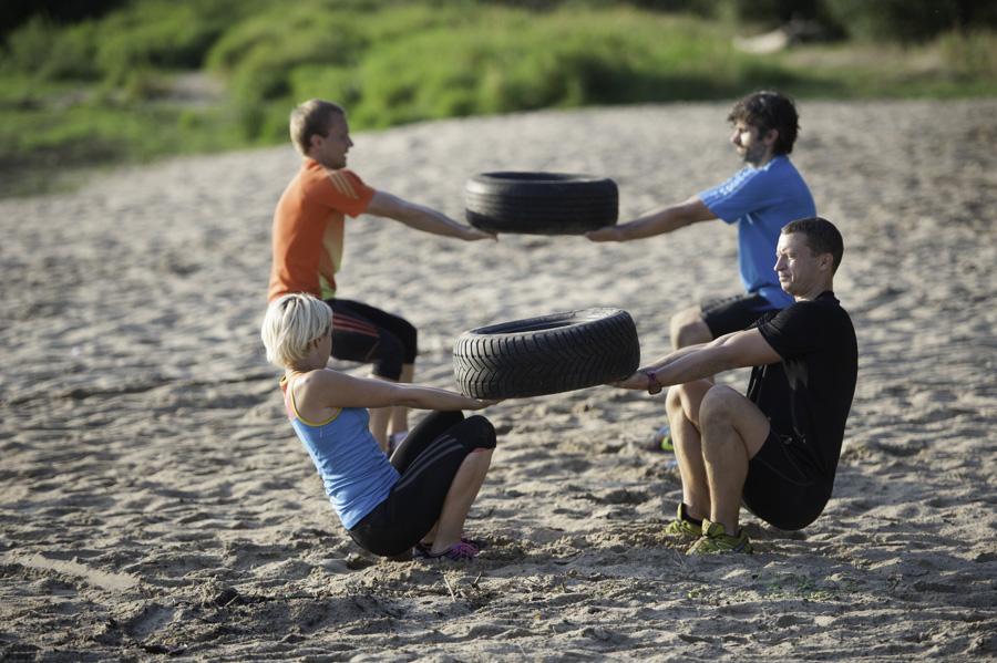 Boot Camp - cwiczenia w parach Fot Piotr Dymus