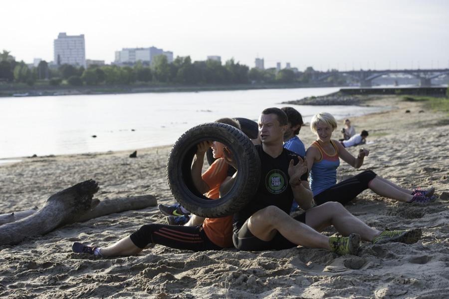 Boot Camp - podawanie opon w parach Fot Piotr Dymus