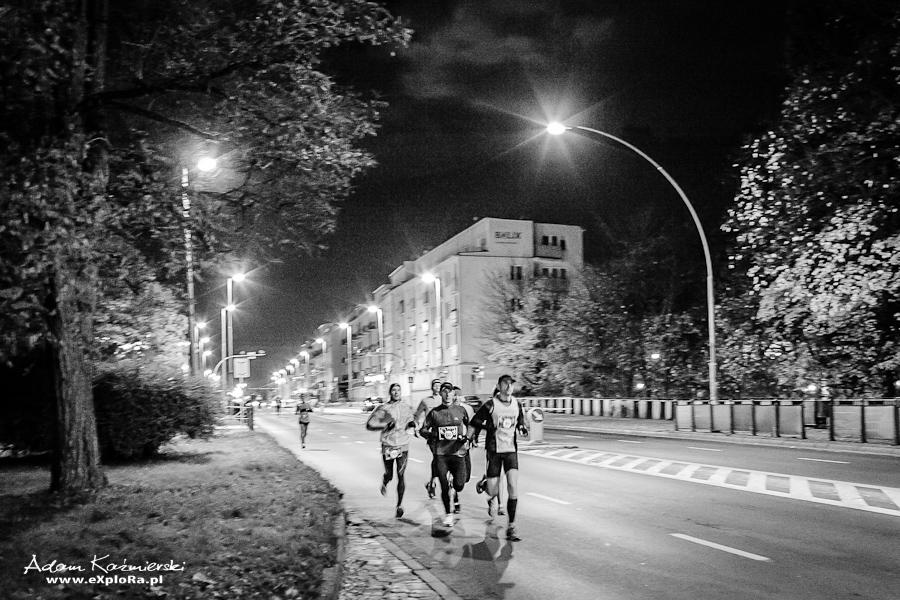 Nocna Ściema Fot Adam Kaźmierski - bieg na mieście
