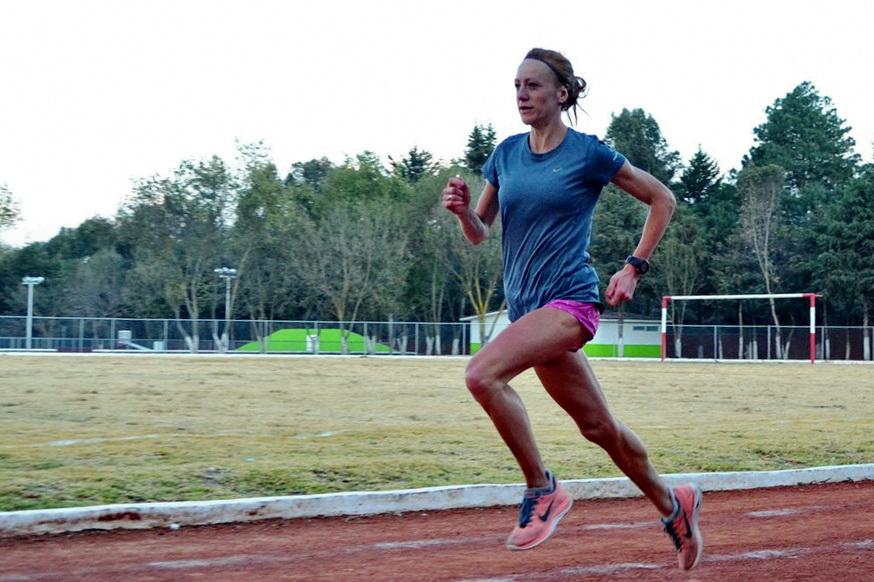 Dominika i Karol Nowakowscy w Meksyku. Kształtowanie szybkości na bieżni w Santa Maria Rayon po długim wybieganiu. Fot. Karol Nowakowski