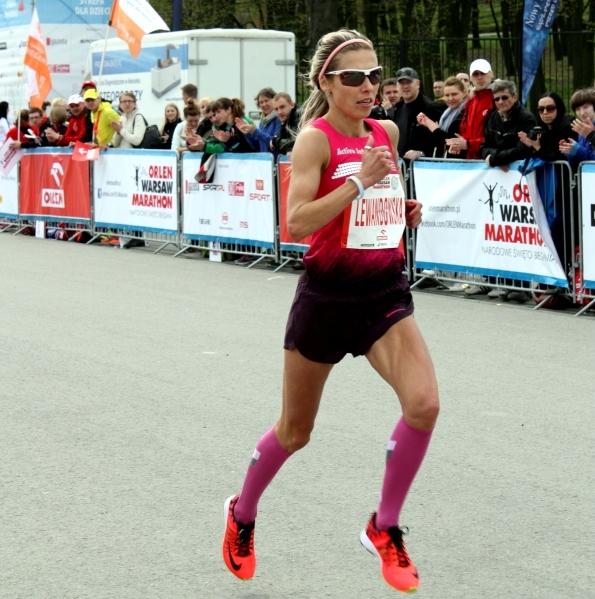 Iwona Lewandowska - Orlen Warsaw Marathon 2014. Fot. Marta Tittenbrun