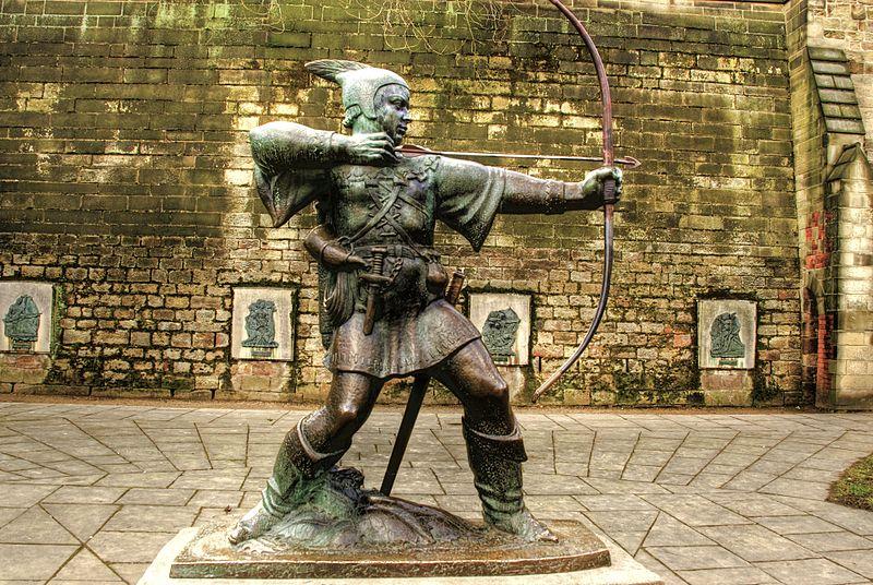 Pomnik Robin Hooda w Nottingham. Fot. Wikimedia Commons/ David Telford