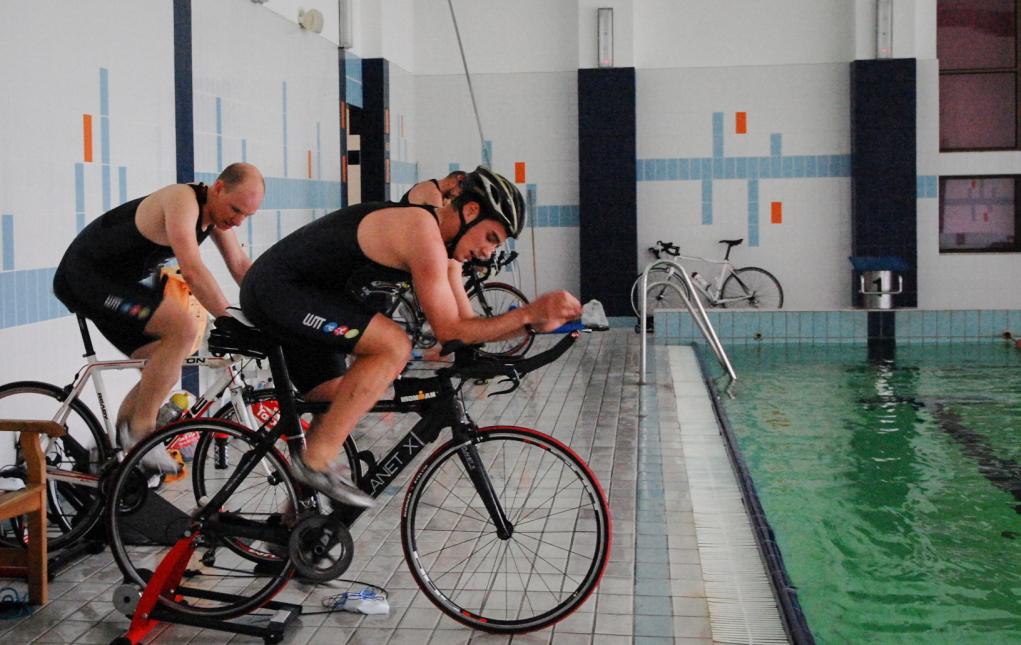 Rower na basenie Fot. Trinergy