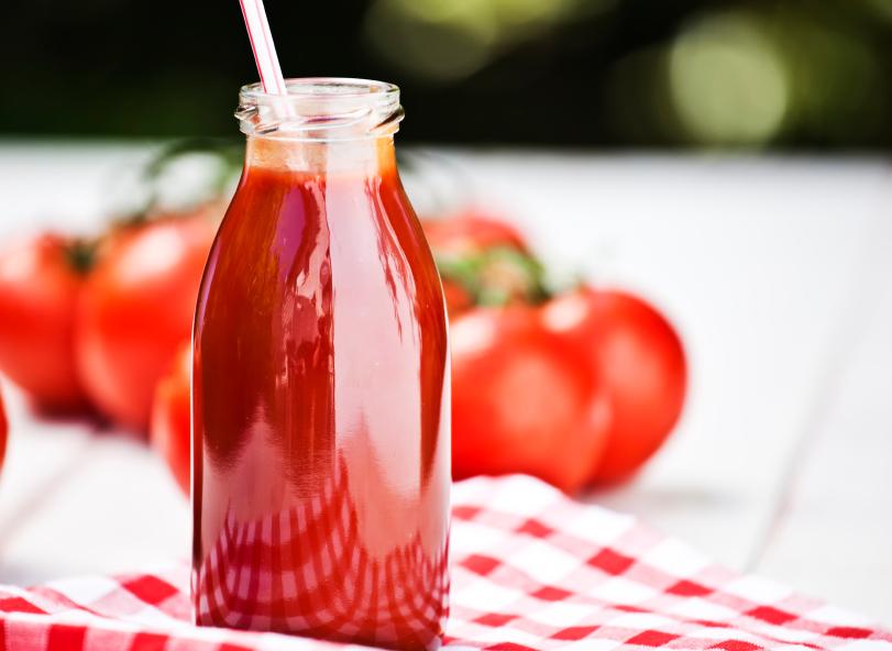 Sok pomidorowy - bogaty w antyoksydanty. Fot. Istockphoto.com