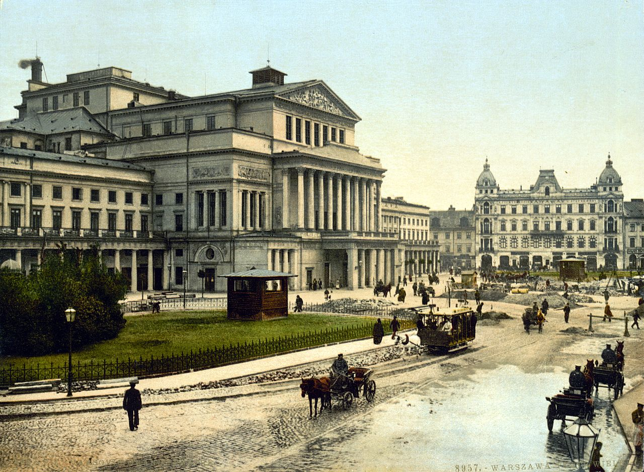 1280px-Theatre_Square_Warsaw_about_1900