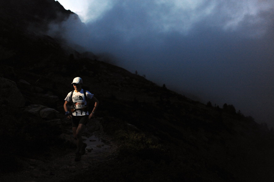 Lizzy Hawker podczas UTMB. Fot. Damiano Levati The North Face