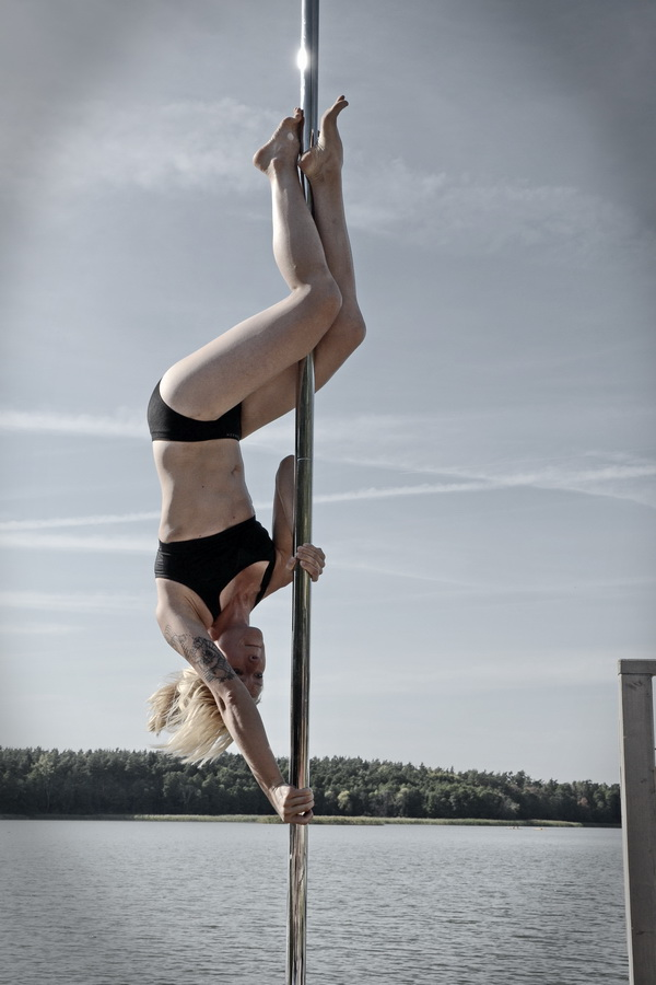 Pole dance Fot. Lisa Dekster