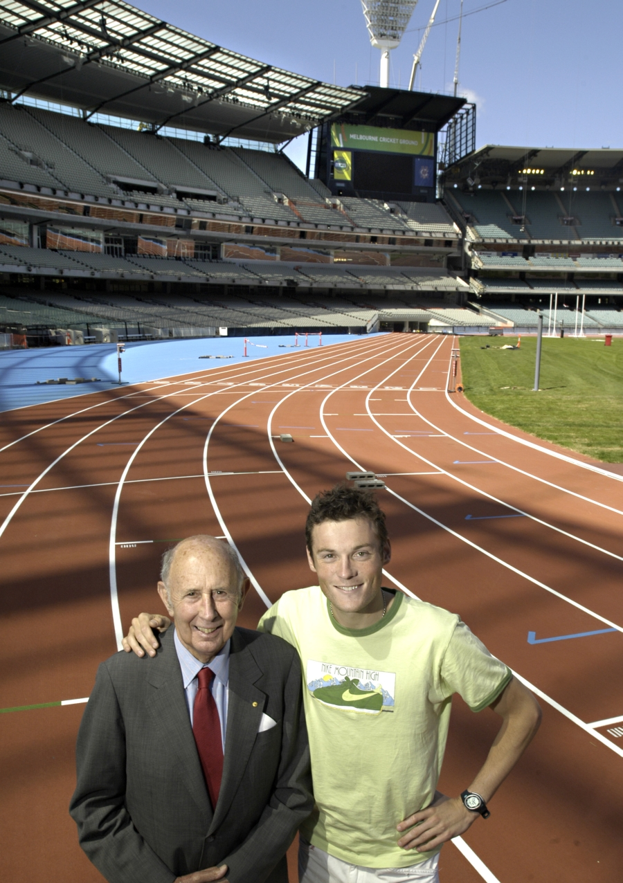 (AUSTRALIA & NEW ZEALAND OUT) The Governor of Victoria John Landy reminices of past triumph during his illustrious career as a middle distance runner at the newly revamped MCG with current champion Craig Mottram, on 13 February 2006. THE AGE SPORT Picture by MICHAEL RAYNER (Photo by Fairfax Media/Fairfax Media via Getty Images)