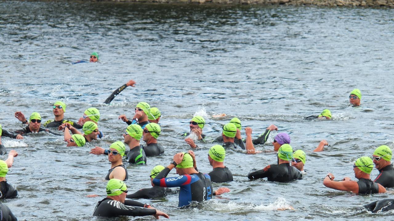 triathlon-966925_1280