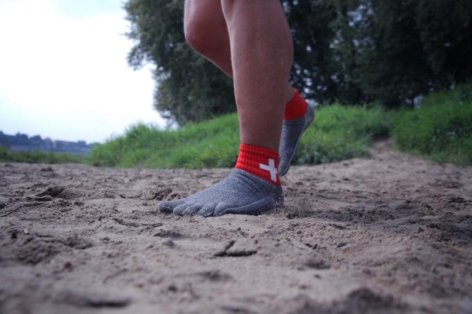 barefoot-socks